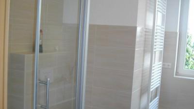 05 Bad mit Dusche