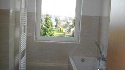06 Bad mit Fenster